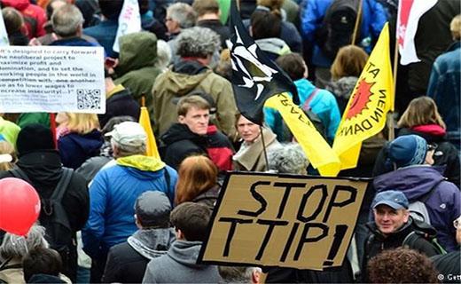 تظاهرات گسترده در هانوفر در آستانه سفر اوباما به آلمان