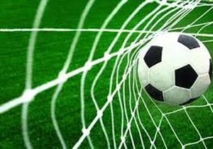 4426717 457 مردن و مرگ فوتبالیست ۱۵ ساله در جریان بازی