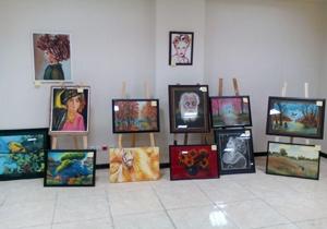 نمایشگاه عکاسی هنرستان حضرت معصومه (س) در شاهینشهر + فیلم