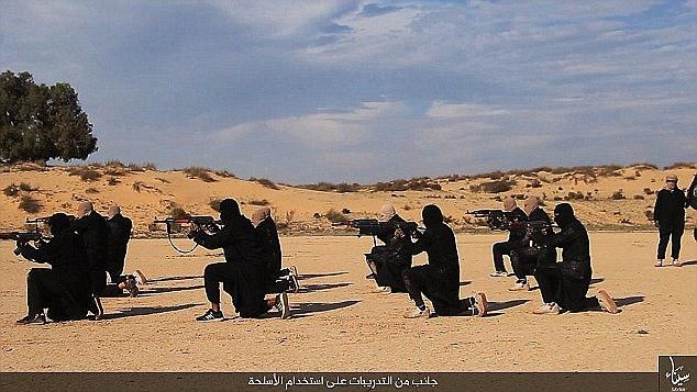 گوشه ای از خاطرات یک داعشی سابق: مجبور شدم سوختن خلبان اردنی را ببینم+تصاویر