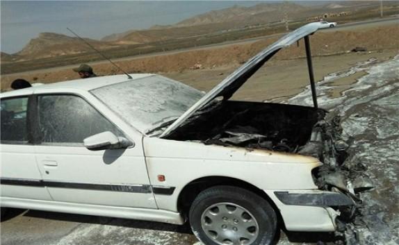 خودرو پژو طعمه حریق شد+عکس