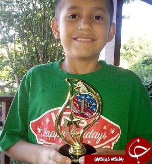 قتل پسربچه 11 ساله با ضربات چاقو در مقابل چشم مردم+تصاویر