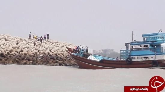جزییات غرق شدن لنج باری با 10 سرنشین دربوشهر  +تصاویر