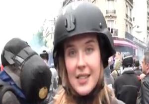 تعرض به خبرنگار زن شبکه روسیه حین گزارش زنده + فیلم