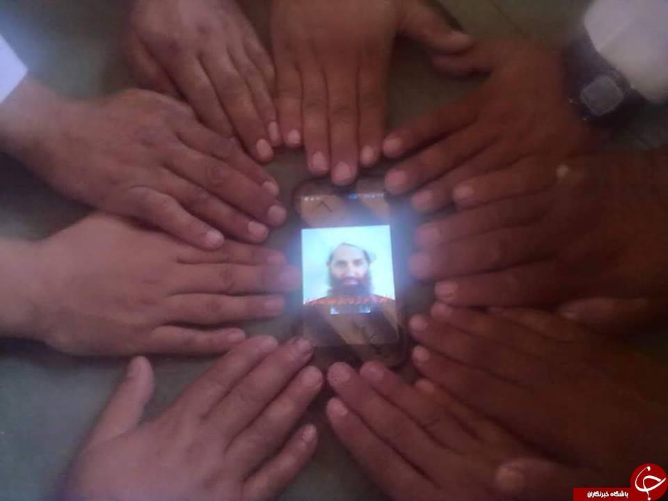بیعت متفاوت طالبان با رهبر جدیدشان + عکس