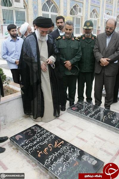 عکس کمتر دیده شده از امام خامنه ای و سردار سلیمانی