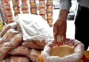 توزیع برنج همزمان با ماه رمضان در اردبیل