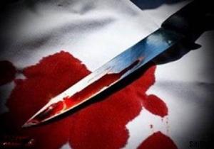 قتل بیرحمانه همسر با 19 ضربه چاقو/ قاتل در محل جنایت دستگیر شد