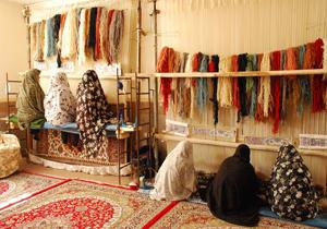 16 درصد از تولیدات صنایع دستی کشور توسط مدد جویان کمیته امداد تامین می شود