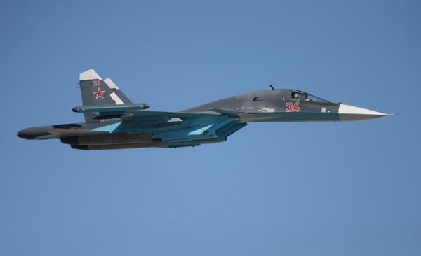 جنگندههای ارتش روسیه مواضع داعش را در دیرالزور بمباران کردند