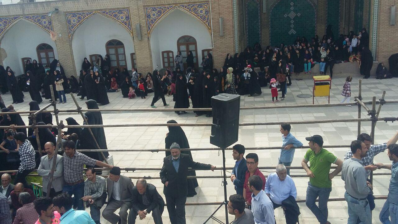 حضور احمدی نژاد درجمع زنجانی ها+تصاویر
