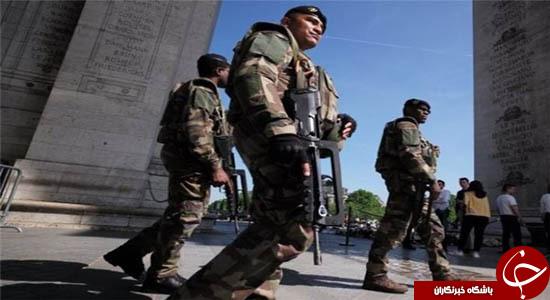 چرا جوانان فرانسوی در پاریس خودروهای پلیس را آتش می زنند؟ + تصاویر