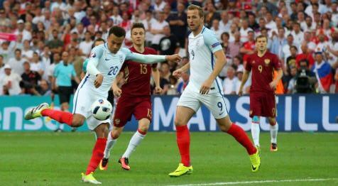 انگلیس 0 - روسیه 0+تصاویر