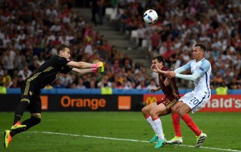 انگلیس 0 - روسیه 0 + تصاویر و فیلم