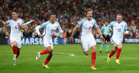 انگلیس 1 - روسیه 0 + تصاویر و فیلم