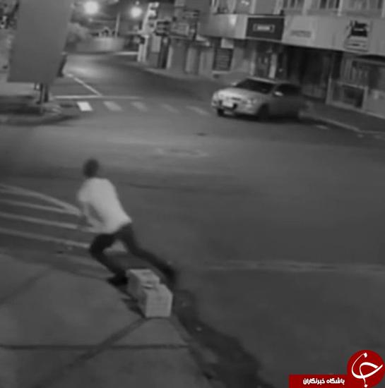 واکنش سریع مرد، او را نجات داد + تصاویر