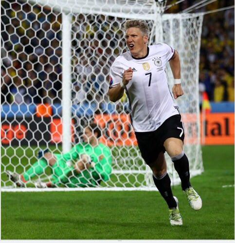 آلمان 2 اکراین صفر/ آلمان اولین پیروزی قاطع جام را رقم زد/ اوکراین بازنده سرافراز لقب گرفت + تصاویر