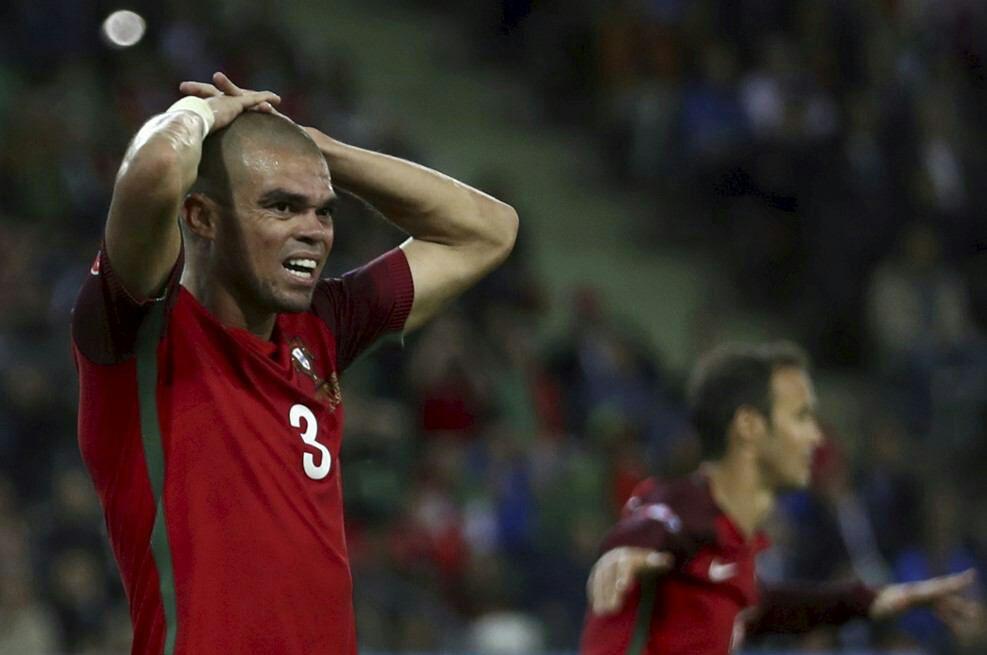 پرتغال 1- ایسلند 1 /شگفتی امشب تکمیل شد/انجماد رونالدو و یارانش برابر مردان یخی + تصاویر