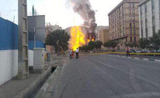 احتمال نشست ساختمان های اطراف/ کشته شدن 2 کارگر در انفجار لوله گاز