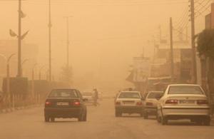 تکرار تراژدی هجوم گرد و غبار در کشور/ساکنان غرب ایران،در خانه هايشان حبس شدند