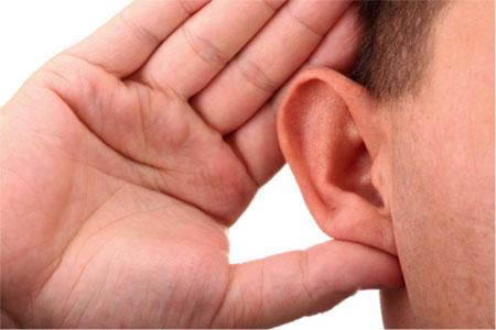 با گوش های خود به همسرتان عشق بورزید!