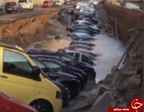 گودال بزرگی که چند خودرو را در ایتالیا خورد + عکس