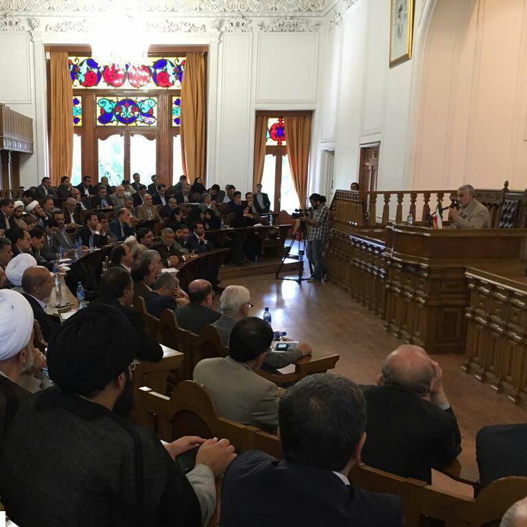 سرلشکر سلیمانی وضعیت حضور تکفیریها در منطقه را تشریح کرد