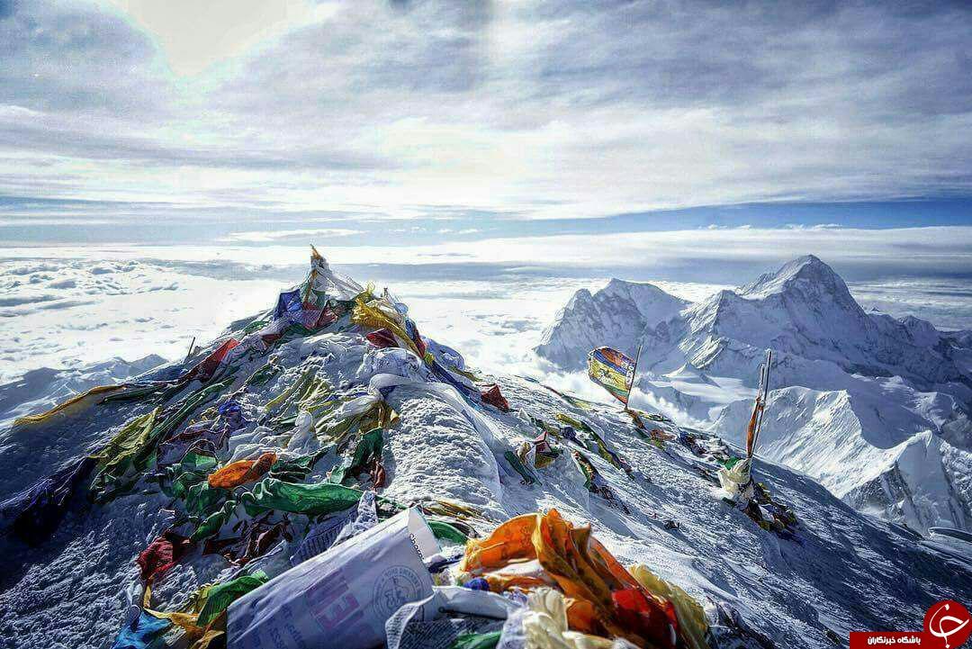 وضعیت  نابسامان قله اورست/دختری که سنگ گریه می کند/تنهاجایی که پشه وجود ندارد/ برجی که هر طبقه اش می چرخد
