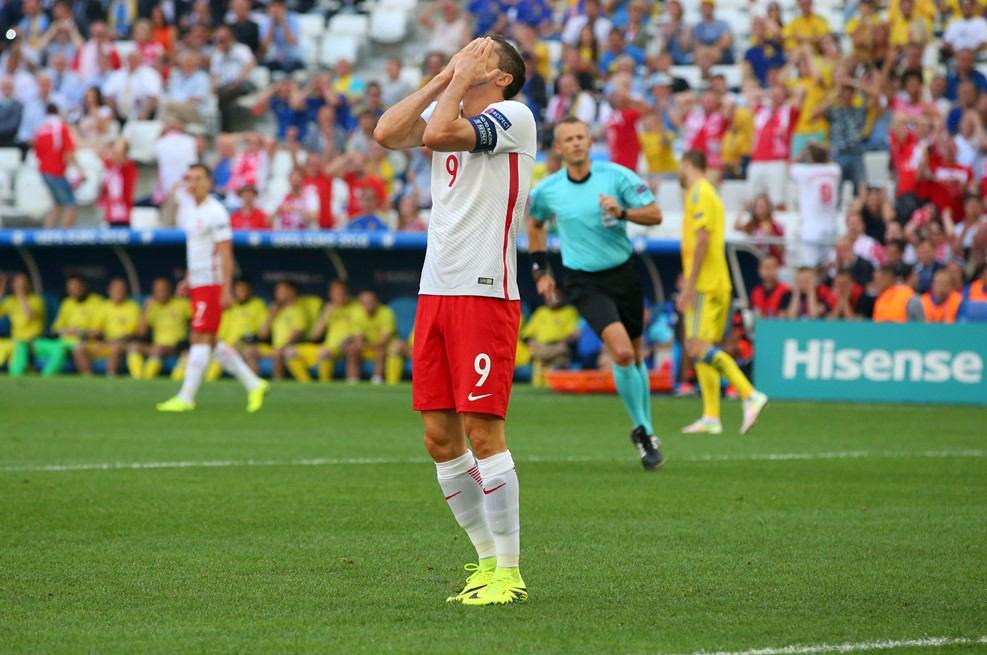 اوکراین 0 - لهستان 1+تصویر