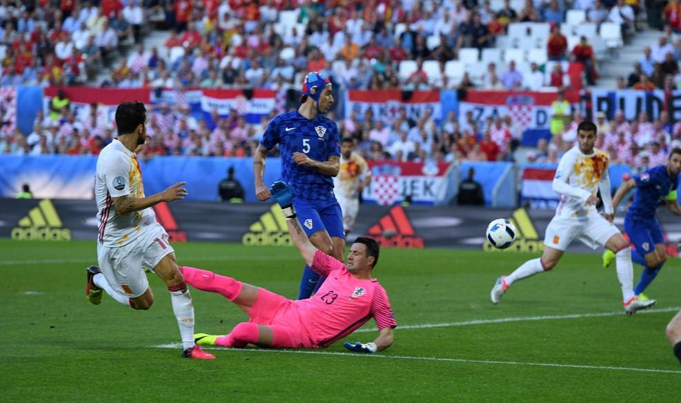 اسپانیا ۱ کرواسی ۲/ تکرار فینال دوره گذشته در یک چهارم+عکس
