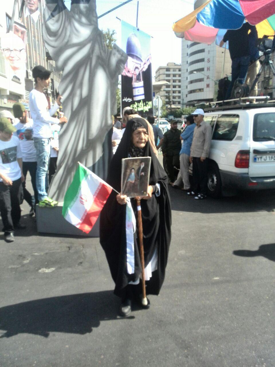 حضور پرشور مردم پیش از ساعت مقرر در راهپیمایی روز قدس+ تصویر