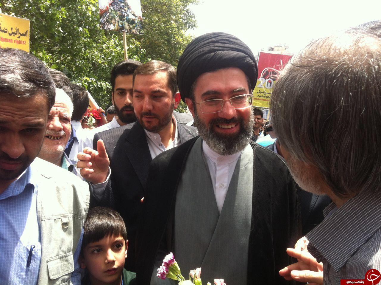 کدام یک از چهرهای سیاسی در راهپیمایی روز قدس حضور داشتند؟/ از حضور فرزند رهبر انقلاب تا حاشیهسازی احمدینژاد+ تصویر