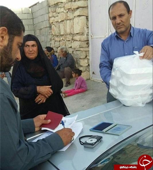 عذرخواهی کمیته امداد از مردم/عزل افراد خاطی در ماجرای توزیع بستههای غذا با شناسنامه+عکس
