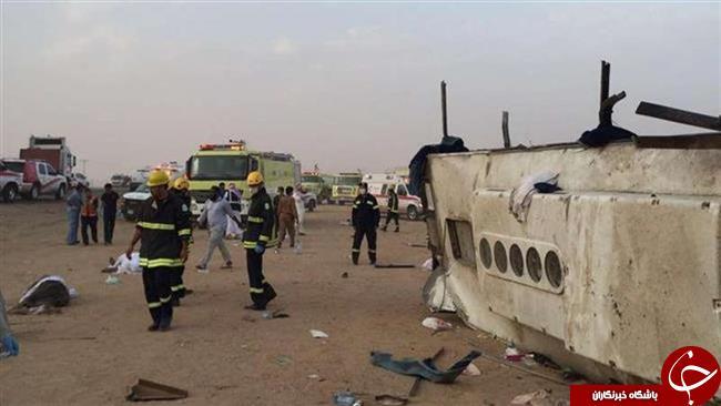 حادثهای دیگر برای عمرهگزاران در عربستان؛ حادثه جادهای برای اتوبوس زائران