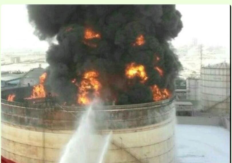 پتروشیمی بوعلی از آتش سوزی تا تلاش برای اطفای حریق به روایت تصویر