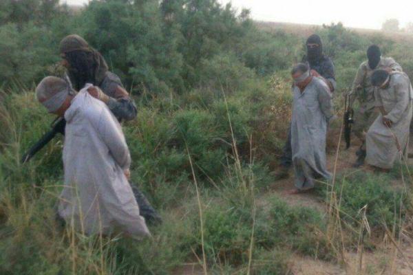 اعدام 5 عراقی به دست عناصر داعش+تصاویر