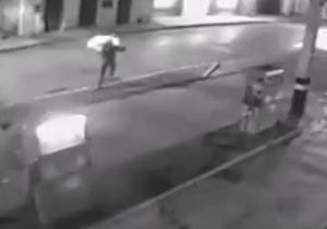آتش زدن یک دزد به دست کارگر پمپ گاز + فیلم