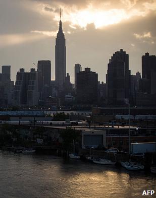 هنگ کنگ، گرانترین شهر جهان برای مهاجران + تصاویر
