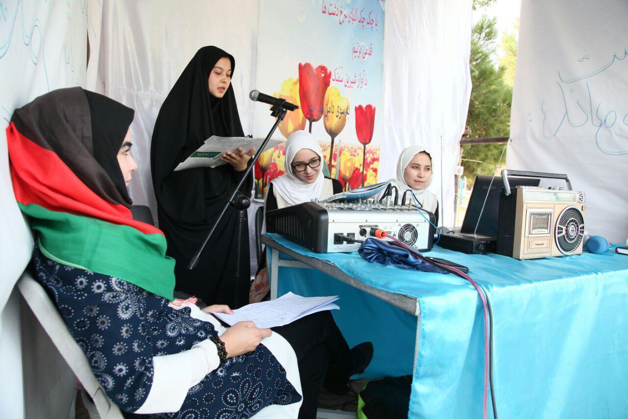 نقش دختران و زنان افغانستانی در پیشبرد فرهنگ و هنر انکار ناپذیر است + عکس