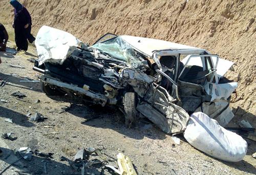 برخورد 2خودرو در محور بردسکن به بجستان حادثه ساز شد