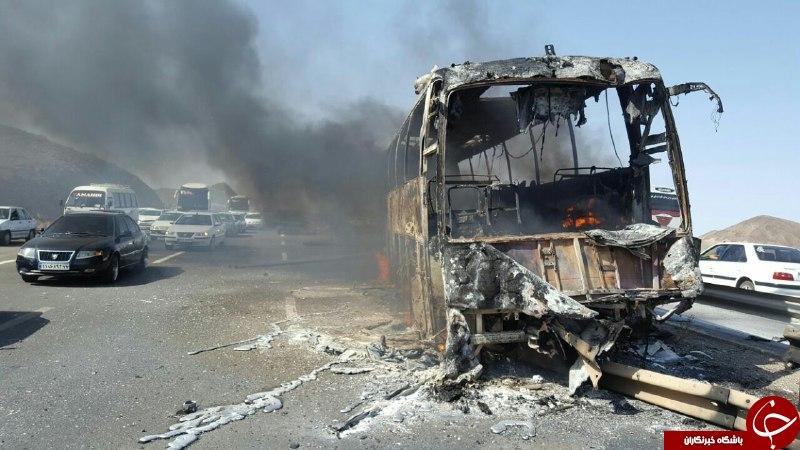 اتوبوس اسکانیا در آزادراه قم – تهران آتش گرفت/آمار کشته و مجروحان به 13 تن رسید/انتقال مجروحان با بالگرد+تصاویر