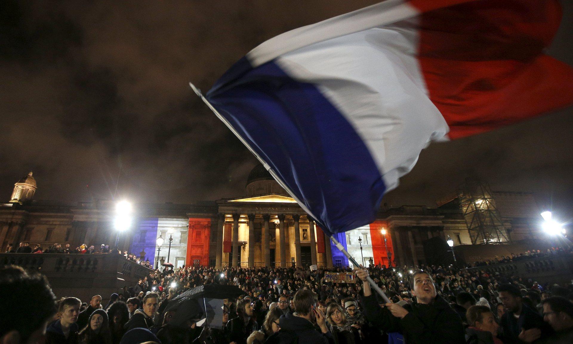 گاردین: چرا فرانسه هدف اصلی حملات مکرر تروریستی داعش است؟