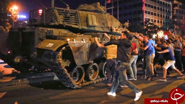 کودتا در ترکیه/ پرواز جنگنده ها و هلکوپترهای نظامی/ سقوط تلویزیون ترکیه و فرودگاه استانبول+تصاویر