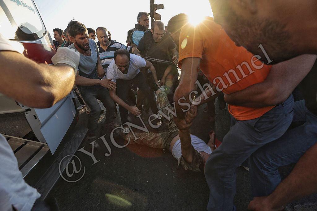شکنجه کودتاگران توسط نیروهای امنیتی ترکیه + تصاویر