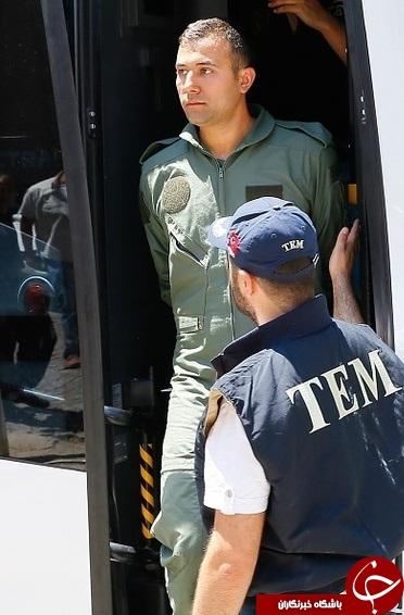 خلبانان کودتاچی ترکیه دستگیر شدند + عکس