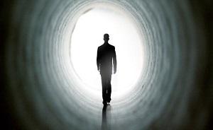 انسان مرگ را بو میکشد/ قبل از مرگ چه اتفاقی می افتد؟