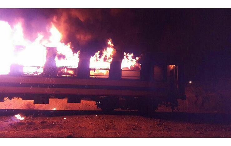 آتش سوزی بزرگ قطار مسافربری تهران - اهواز +تصاویر