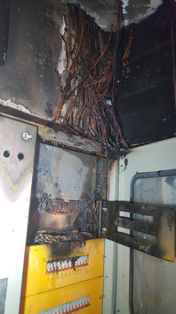 مهار آتش سوزی یک مجموعه اقامتی در مشهد