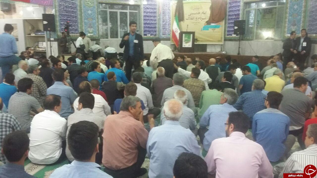 مصاحبه در راه احمدی نژاد/ داد و بیداد سر پوستر!