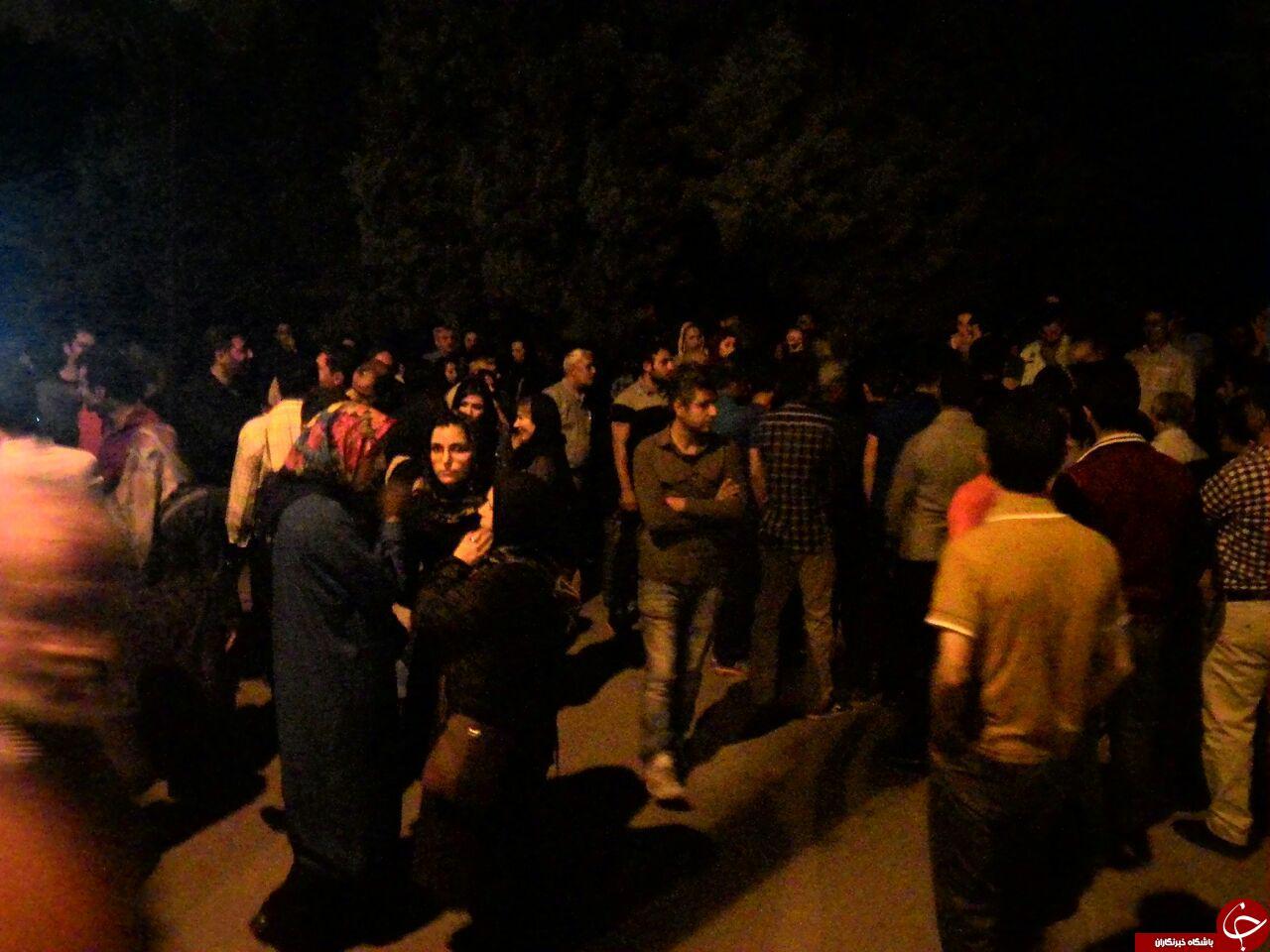 تجمع حدود 300 نفری مردم بیاد سربازان در قزوین